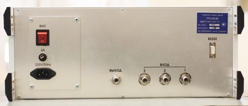 Генератор газовых смесей ГГС-03-03: вид сзади